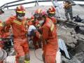 В Китае из-под обломков рухнувшего отеля достали 11 погибших