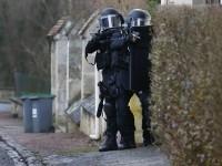 В парижском магазине захвачены пять заложников, говорят о двух убитых - СМИ