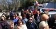 Денег нет: Сотрудники завода в Керчи вышли на акцию протеста