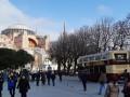 Турция отложила туристический сезон из-за COVID-19