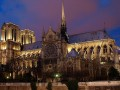 Два века строили — сгорело за час: Cобор Парижской Богоматери до и после пожара