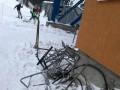 На Драгобрате с подъемника упали лыжники - соцсети
