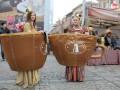 Львов засыпали тоннами кофе (ФОТО)
