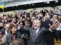 Дебаты на стадионе: Порошенко согласен на любую дату кроме 19 апреля