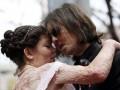 Человек без лица женился на обгоревшей девушке