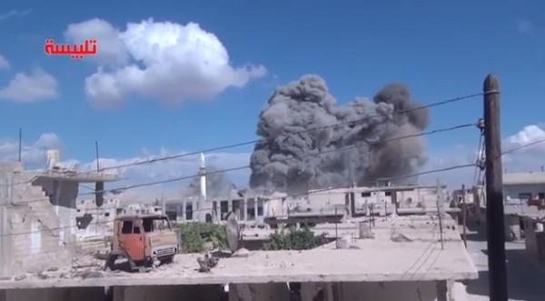Россия нанесла первый авиаудар  в Сирии (ВИДЕО)