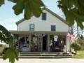 В августе закроется самый старый магазин в США