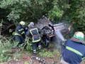 Смертельная авария на Днепропетровщине: Погибших вырезали спасатели