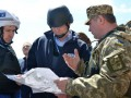 Россияне в СЦКК блокируют работу пункта пропуска Золотое