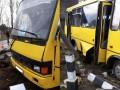 На Львовщине поезд протаранил маршрутку на переезде