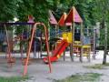 В Запорожье мальчик сломал позвоночник на детской площадке