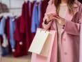 В Одессе молодая женщина за час обворовала три магазина одежды