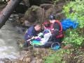 На Прикарпатье грузовик с туристами слетел в реку: есть жертвы