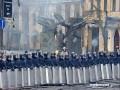 Фото улицы Грушевского в День святого Валентина
