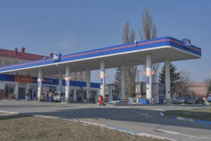 Цены на бензин и ДТ на выходных продолжили рост