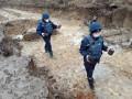 На Закарпатье асфальтоукладчики нашли мины и гранаты Второй мировой войны