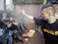 Милиция задержала одного из участников языкового протеста под Украинским домом