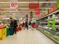 Правительство отпустит цены на социальные товары