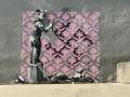 Бэнкси создал в Париже граффити, посвященные проблемам эмигрантов