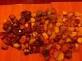 Полиция изъяла более девяти килограммов янтаря в Ровенской области