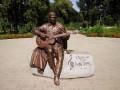 В Нежине украли памятник Бернесу