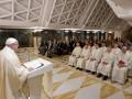 Папа Римский лишил сана двух епископов из-за обвинений в педофилии