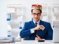 ТОП-4 самых неэффективных распорядителей госсредств среди ведомств