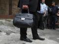 В Днепре ограбили мужчину: Забрали сумку со $100 тыс