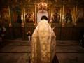 Ударил кадилом: В Харькове пожаловались на священника