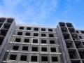 В Запорожье девочка-подросток выпала из недостроенной многоэтажки