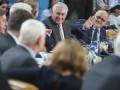 Тиллерсон сорвал овации, рассуждая в НАТО об отношениях с Россией