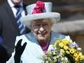 Зеленского поздравили королева Елизавета II и Тереза Мэй