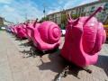 К Кличко приехали розовые улитки: владельцы кофемобилей обратились к мэру