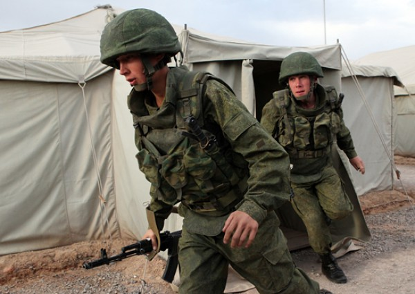 Российские войска вернулись в соседние с Украиной области