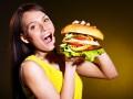 Названы города, где продают самые дорогие сэндвичи