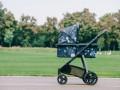 В Днепре пьяная мать оставила в парке 10-месячную малышку