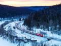Омелян рад, что РЖД пустила поезда в обход Украины