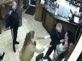 В Полтаве неадекват хотел зарезать официантку: историю связали с Кивой
