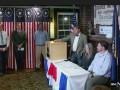 В США начались выборы: Клинтон победила на первом участке страны