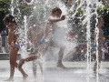 Погода на выходные: жара в Украине не отступает