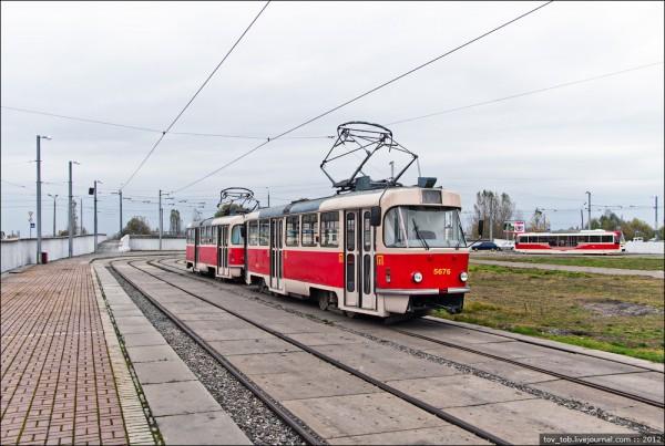 Трамвайный маршрут с Троещины