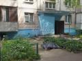 В Киеве мужчина выпал с шестого этажа и погиб