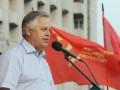 Симоненко предлагает на референдуме обсудить герб и гимн, с которыми