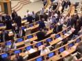 Грузинские депутаты подрались из-за оппозиции