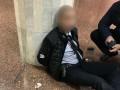 Полицейский стрелял в метро Харькова сразу из двух пистолетов