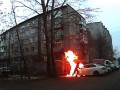 В России хулиган поджег Mercedes и загорелся сам