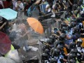 Полиция Гонконга применила слезоточивый газ для разгона демонстрантов