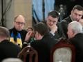 В Киеве состоялся круглый стол при участии Януковича и лидеров оппозиции