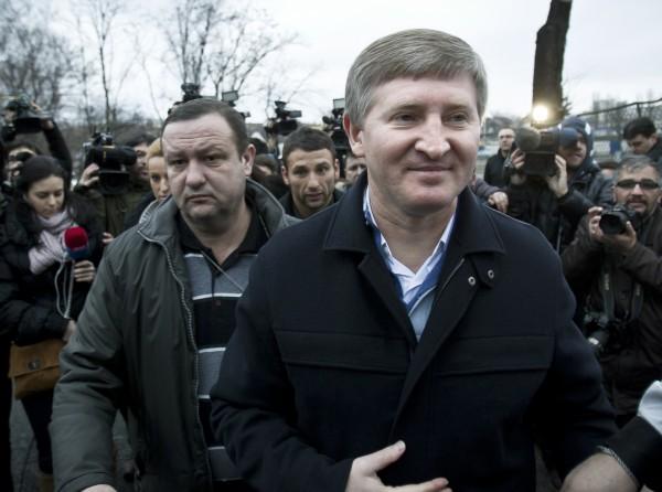Ахметов призывает граждан к объединению ради целостной и неделимой Украины