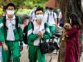 В Ухане впервые открыли школы после начала пандемии